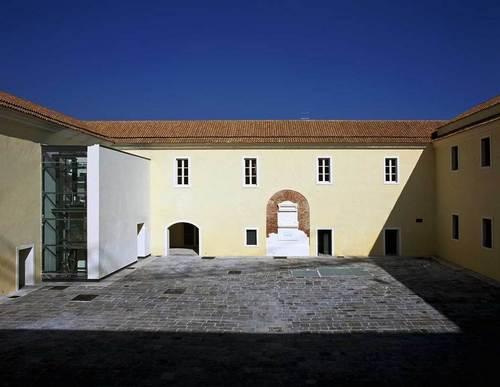 Il-Quartiere-Militare-Borbonico-di-Casagiove